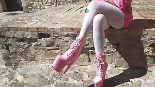 Outdoor pink outfit, crippling 8 inch platform ankle boots